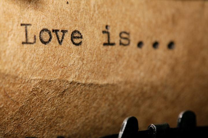 Merkur rückläufig im Sternzeichen Waage – Rückblick in der Liebe!