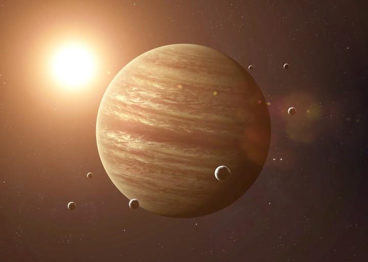 Liebe Steinböcke, stellt schon mal den Schampus kalt & Glücksplanet Jupiter zieht bei Euchein!